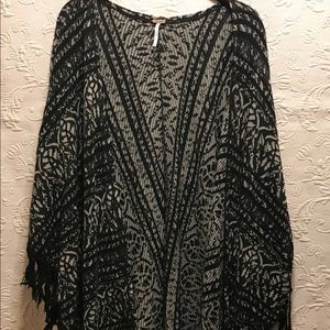 Free People M/L Black/White Boho Kimono Style